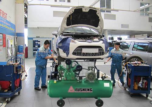 Máy nén khí piston được ứng dụng trong ngành bảo dưỡng chăm sóc xe