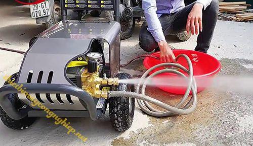 Ứng dụng của máy rửa xe cao áp đài loan