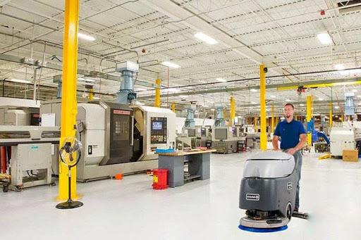Máy chà sàn cho khả năng đánh bóng sàn nhà xưởng