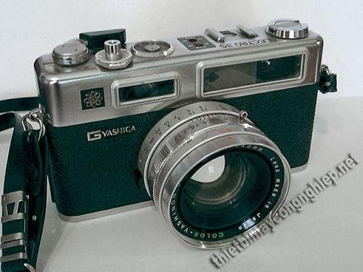 máy ảnh cơ Yashica