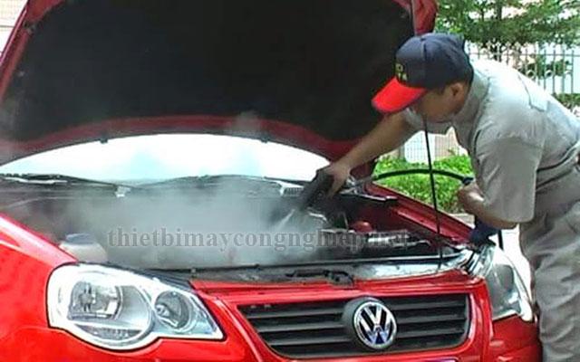 Rửa xe bằng công nghệ rửa xe hơi nước nóng