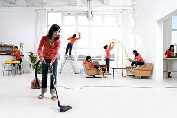 Máy hút bụi gia đình giúp công việc dọn dẹp trở nên dễ dàng hơn