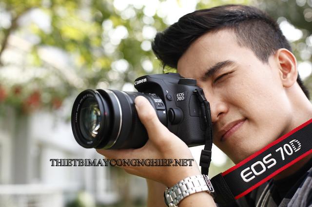máy ảnh cơ bao nhiêu tiền