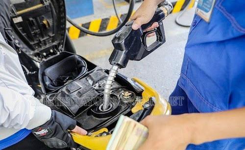 1 lít dầu có khối lượng bao nhiêu kg