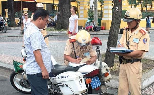 lỗi xe máy không xi nhan phạt bao nhiêu