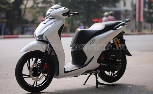 xe máy không gương phạt bao nhiêu tiền
