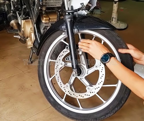 chỉnh phanh đĩa xe máy bị vênh