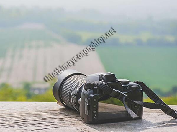 lens hood là gì