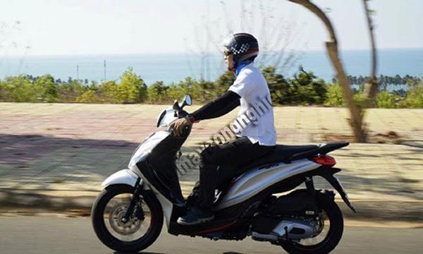 xe máy bị rung tay lái