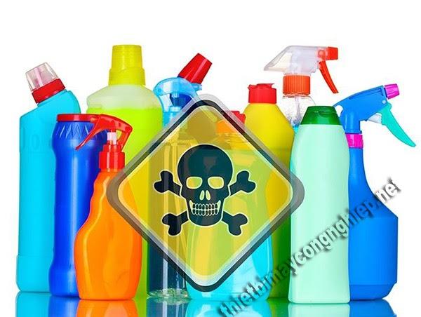 lưu ý khi sử dụng chất tẩy rửa