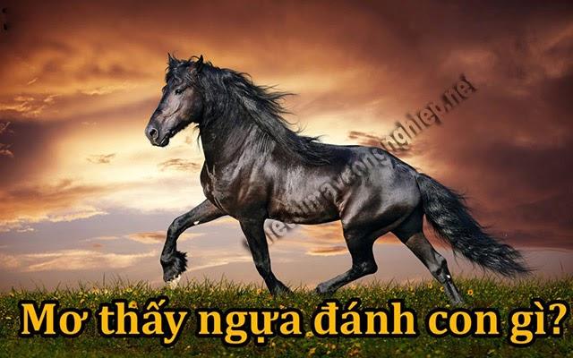mơ thấy ngựa đánh con gì